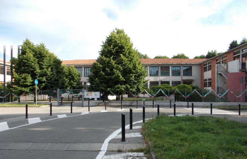 Scuola Elementare Via Cantù